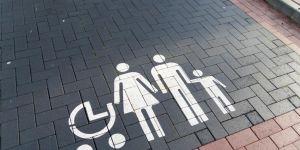 Miejsce parkingowe dla rodziców z dziećmi