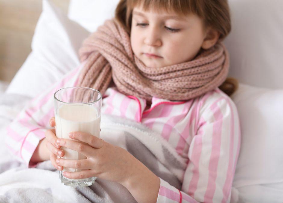 mleko z czosnkiem