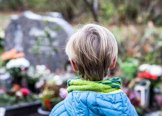 Mój synek nie może spać od pogrzebu dziadka
