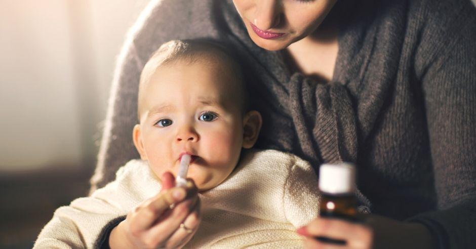 mokry-kaszel-u-dziecka-jak-leczyc