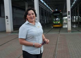 Motornicza Dorota odebrała poród przy przystanku autobusowym