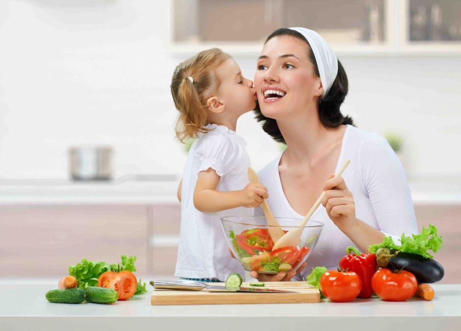 nadwaga u dzieci, otyłość u dzieci, grube dziecko, zdrowa dieta, odchudzanie dzieci, zdrowy styl życia, siatki centylowe, waga dziecka