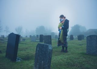 nagrobek rodziny zmarłej od choroby zakaźnej