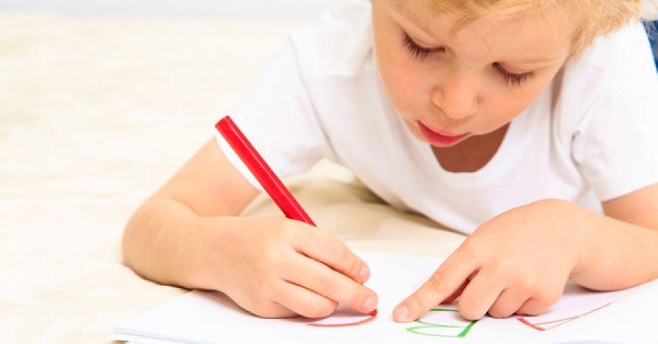 Nauka czytania i pisania wraca do przedszkoli