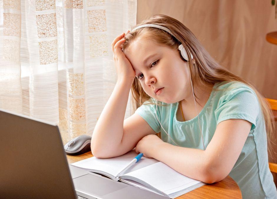 nauka zdalna a psychika dzieci