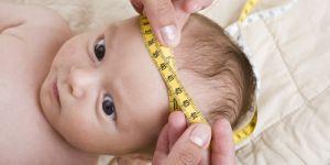 niemowlę, noworodek, mierzenie noworodka, siatki centylowe, mierzenie obwodu głowy dziecka