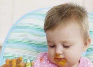 niemowlę, karmienie, rozszerzanie diety, fotelik, kuchnia