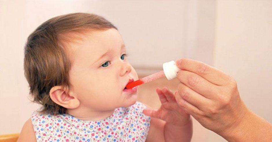 niemowlę, leki, zdrowie dziecka
