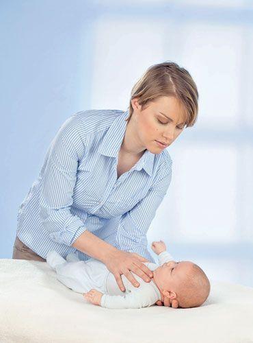 niemowlę, mama, pielęgnacja niemowlaka