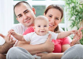 niemowlę, rodzina, rodzice, starania o dziecko, in vitro