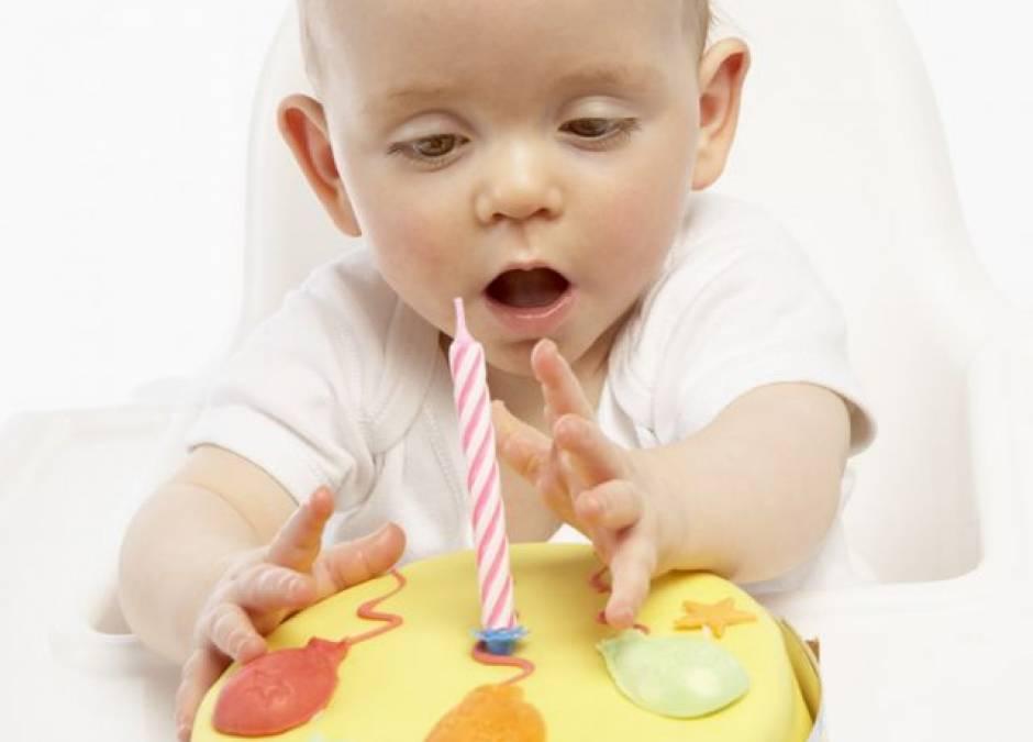 niemowlę, tort, urodziny