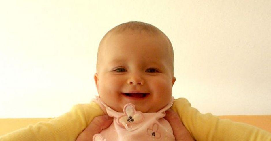 niemowlę, uśmiech