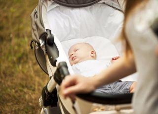 Tysiące dzieci cierpi przez niebezpieczne wózki i nosidełka