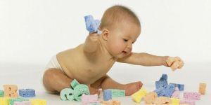 niemowlę, zabawa, zabawki