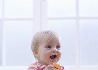 niemowlę, zabawka, uśmiech