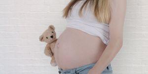 Niepełnoletnia w ciąży, małoletnia w ciąży, ciąża