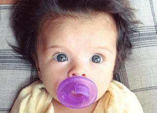 noworodek dużo włosów