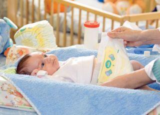 noworodek, pieluszka, przewijanie