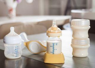O czym świadczy kolor mleka matki