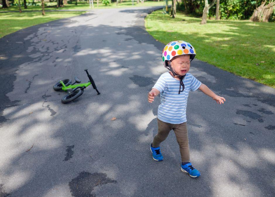oblał kwasem dziecięcy rower