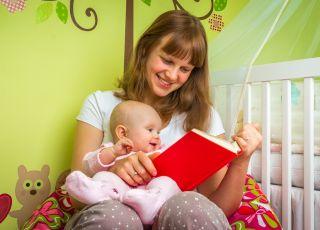 od kiedy czytać dziecku bajki, czytanie ksiażek dziecku, dlaczego warto czytać dzieciom