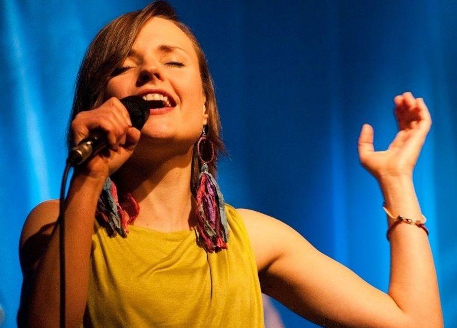 Odwołano koncert zespołu Early Birds, bo wokalistka chciała przyjechać z dzieckiem