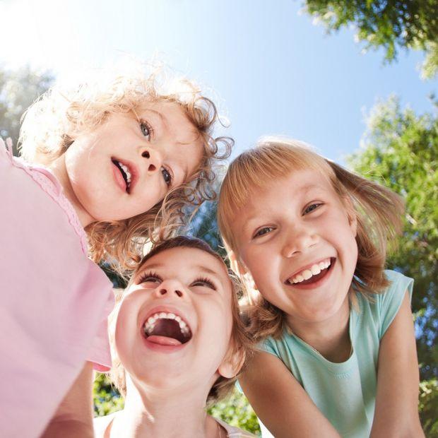 optymista, uśmiech, dziecko, śmiech, zabawa, dzieci