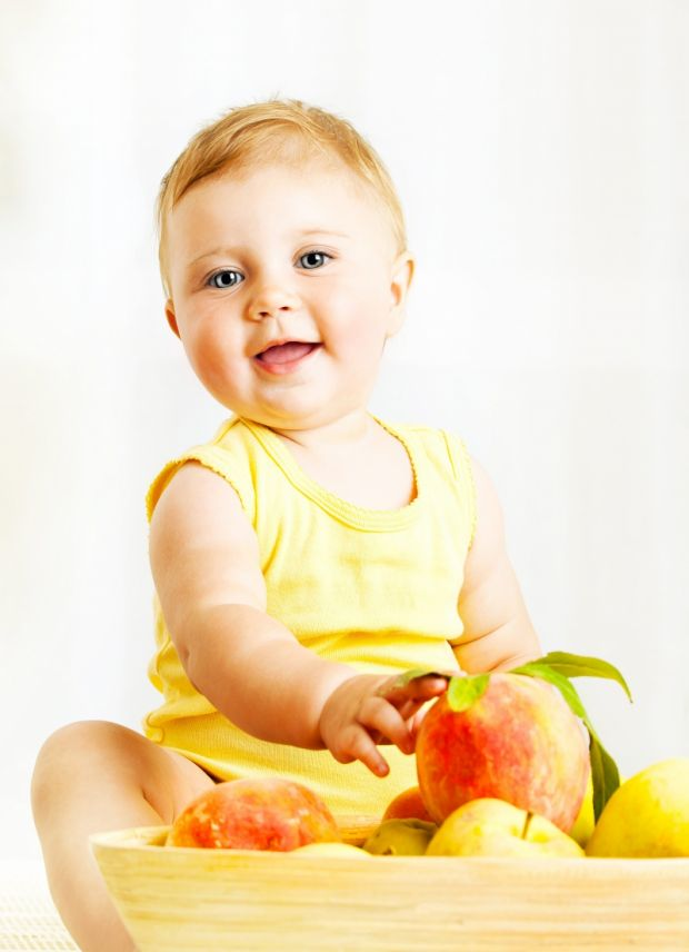 owoce i dziecko