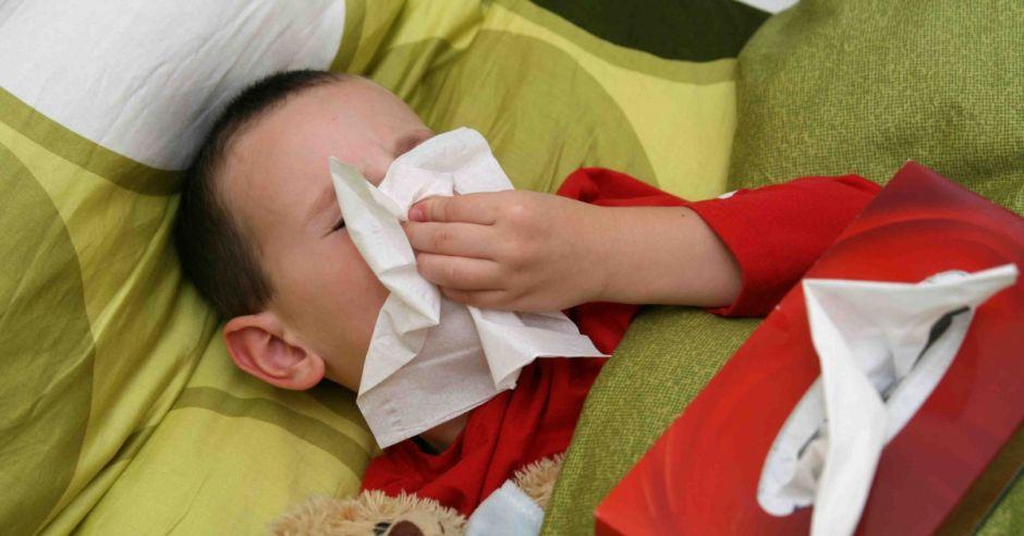 palenie papierosów w ciąży, alergia, papierosy w ciąży, alergia u dziecka