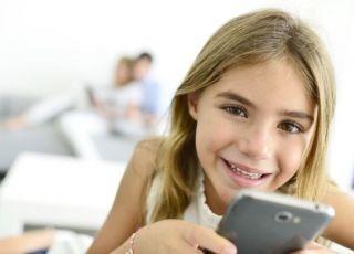 pierwszy telefon dla dziecka