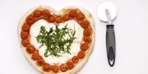 pizza, serce, pomidory