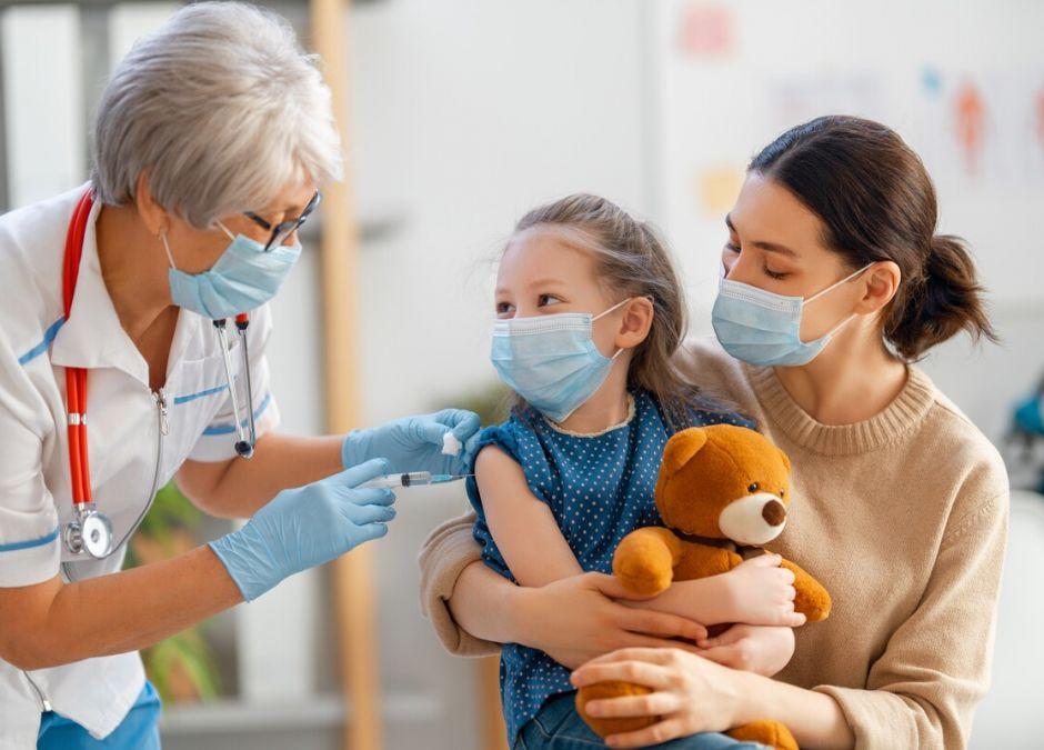 Polacy chcą szczepić swoje dzieci