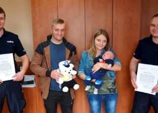 policjanci pomogli w porodzie