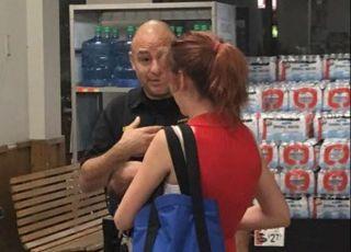 Policjant zwrócił uwagę mamie karmiącej piersią