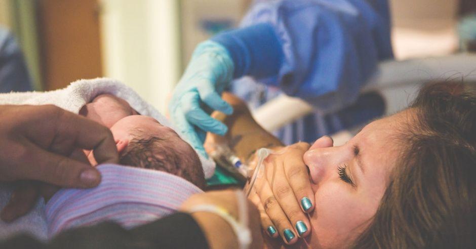 poród, narodziny