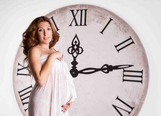 poród po terminie, ciąża przenoszona, ciąża przeterminowana, termin porodu