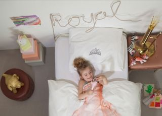 pościel, pokój dziecka, dziweczynka, księżniczka, łóżko
