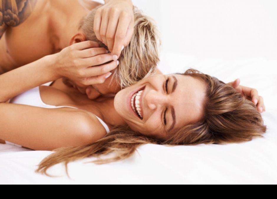 pozycja sprzyjająca zapłodnieniu, starania o dziecko, seks a ciąża, pozycje seksualne