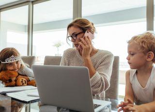 Praca czy kariera: co wybierają Polacy?