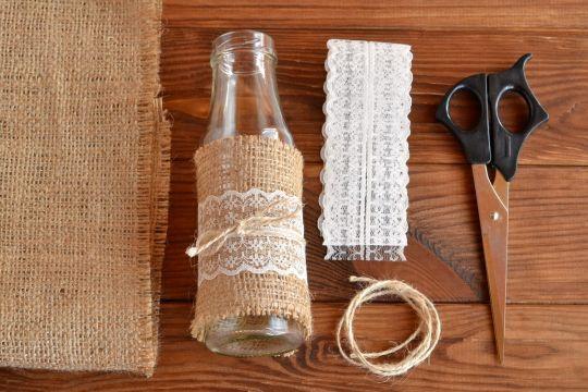 prezent dla babci DIY wazonik z butelki