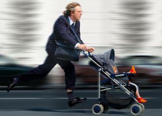 Być obecnym w życiu dziecka - największy problem dzisiejszych ojców [WIDEO]