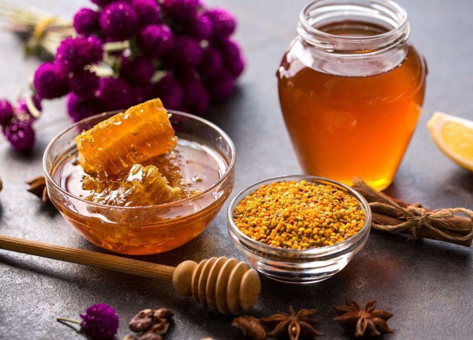 Propolis, miód, pyłek pszczeli