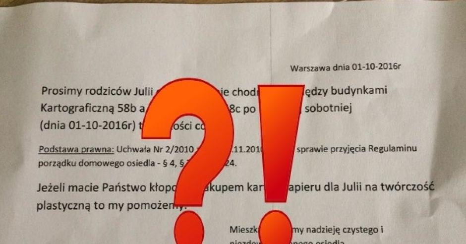 Prośba mieszkańców warszawskiego osiedla o usunięcie rysunków córki z chodnika