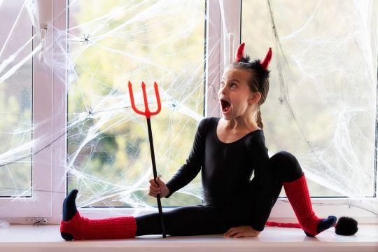 przebrania karnawałowe do zrobienia w domu diabełek