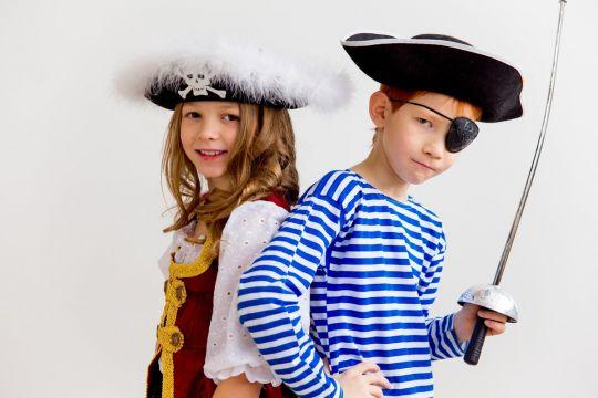 przebrania karnawałowe do zrobienia w domu pirat