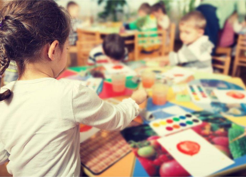 Przedszkolaki powinny się bawić, a nie ciągle uczyć