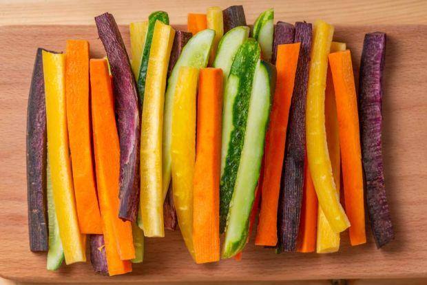 krojone warzywa do podjadania dla dziecka