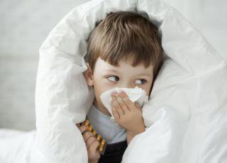 Przeziębienie i kontakt z zarazkami wzmacniają odporność dziecka