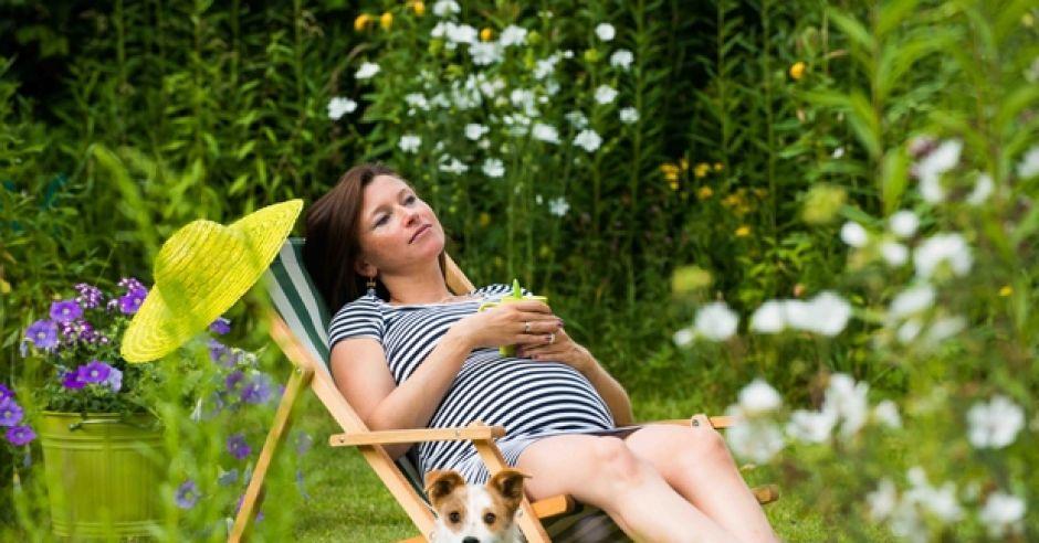 relaks w ciąży, stres w ciąży, odpoczynek w ciąży, sen w ciąży, samopoczucie w ciąży, zdrowie w ciąży