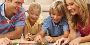 rodzina, dzieci, zabawa, gra planszowa, gra